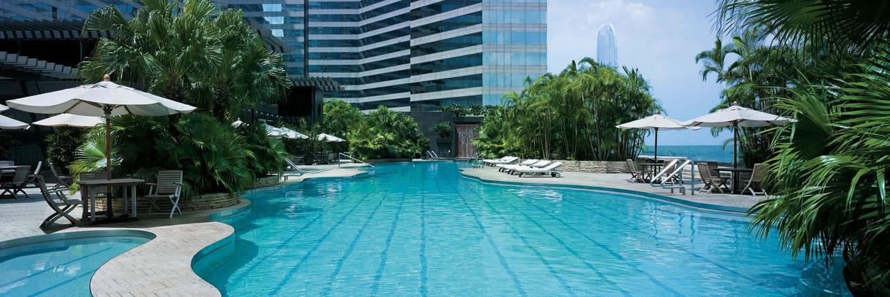 Shangri La Hong Kong Swimming Pool