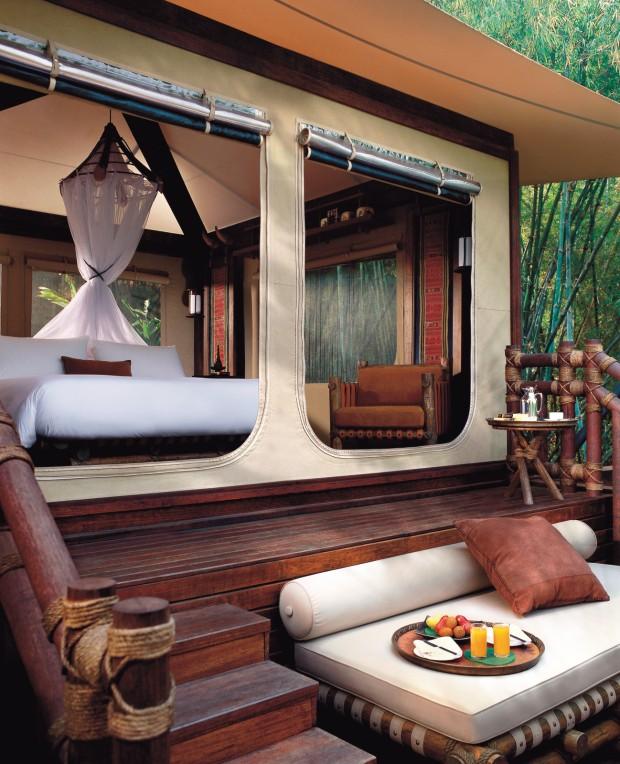 Deluxe tent balcony