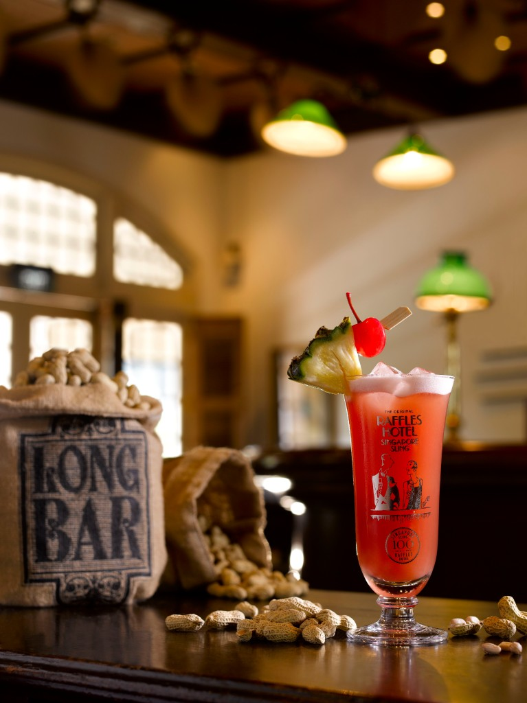 Singapore Sling at The Long Bar, Raffles, Singapore
