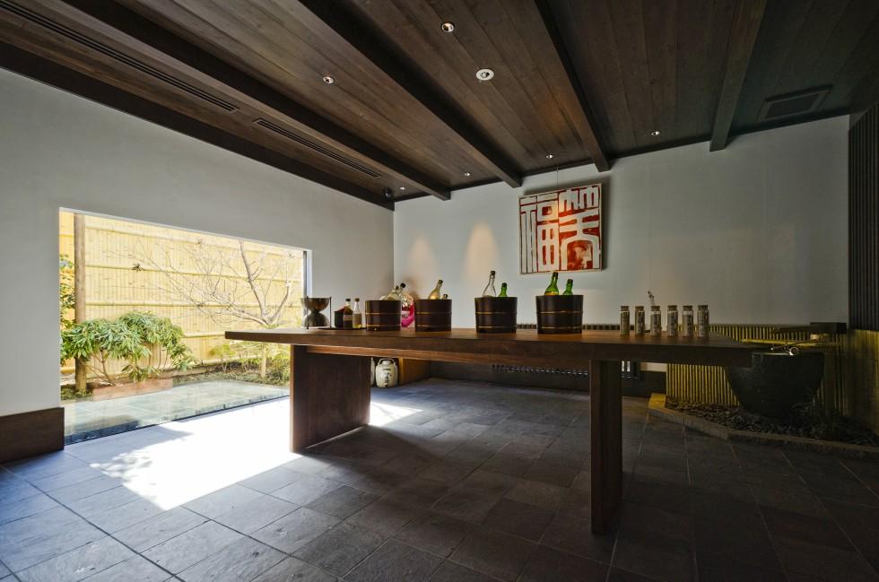 The tasting room at the Masumi sake brewery