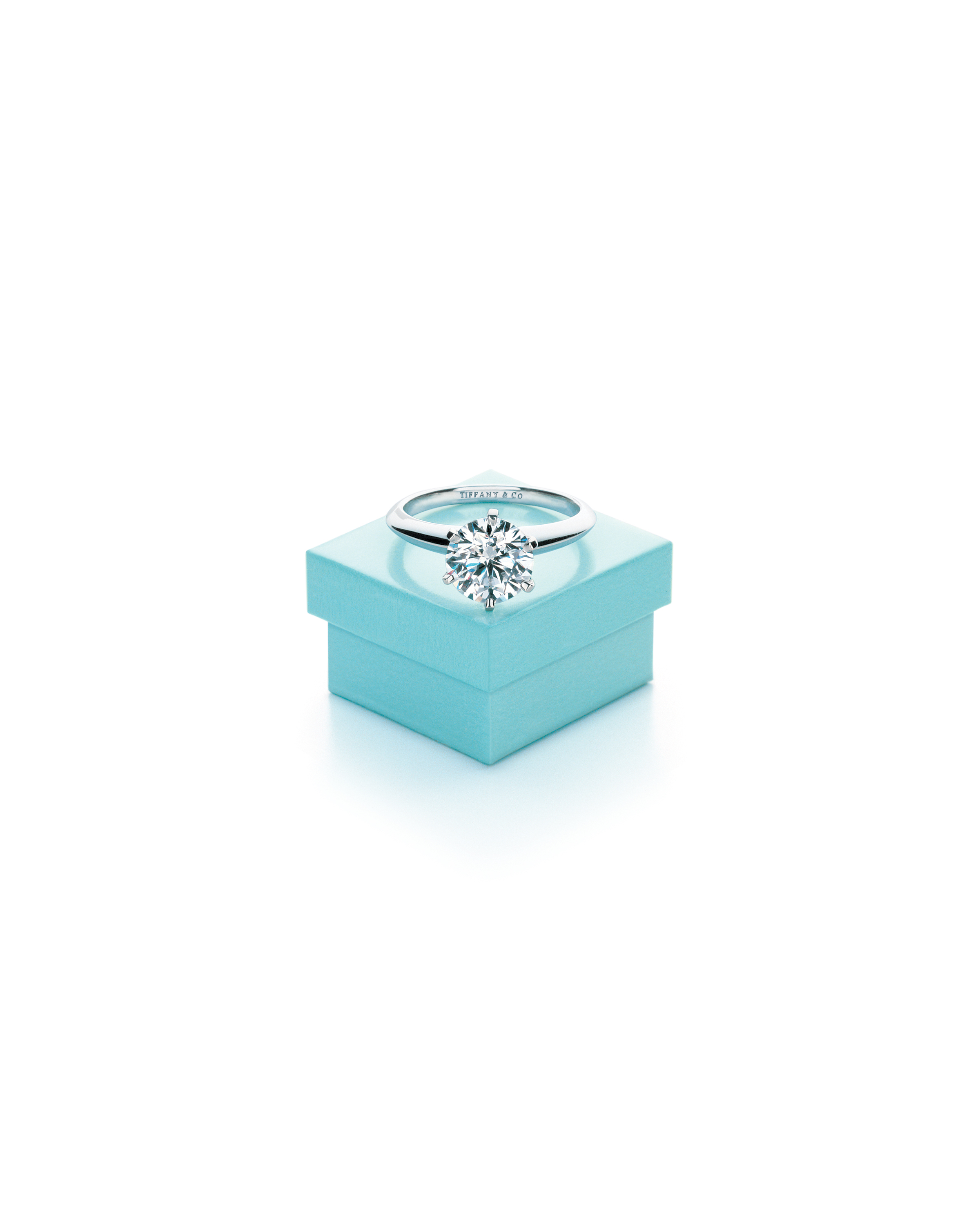 The Tiffany® Setting and Tiffany Blue Box®