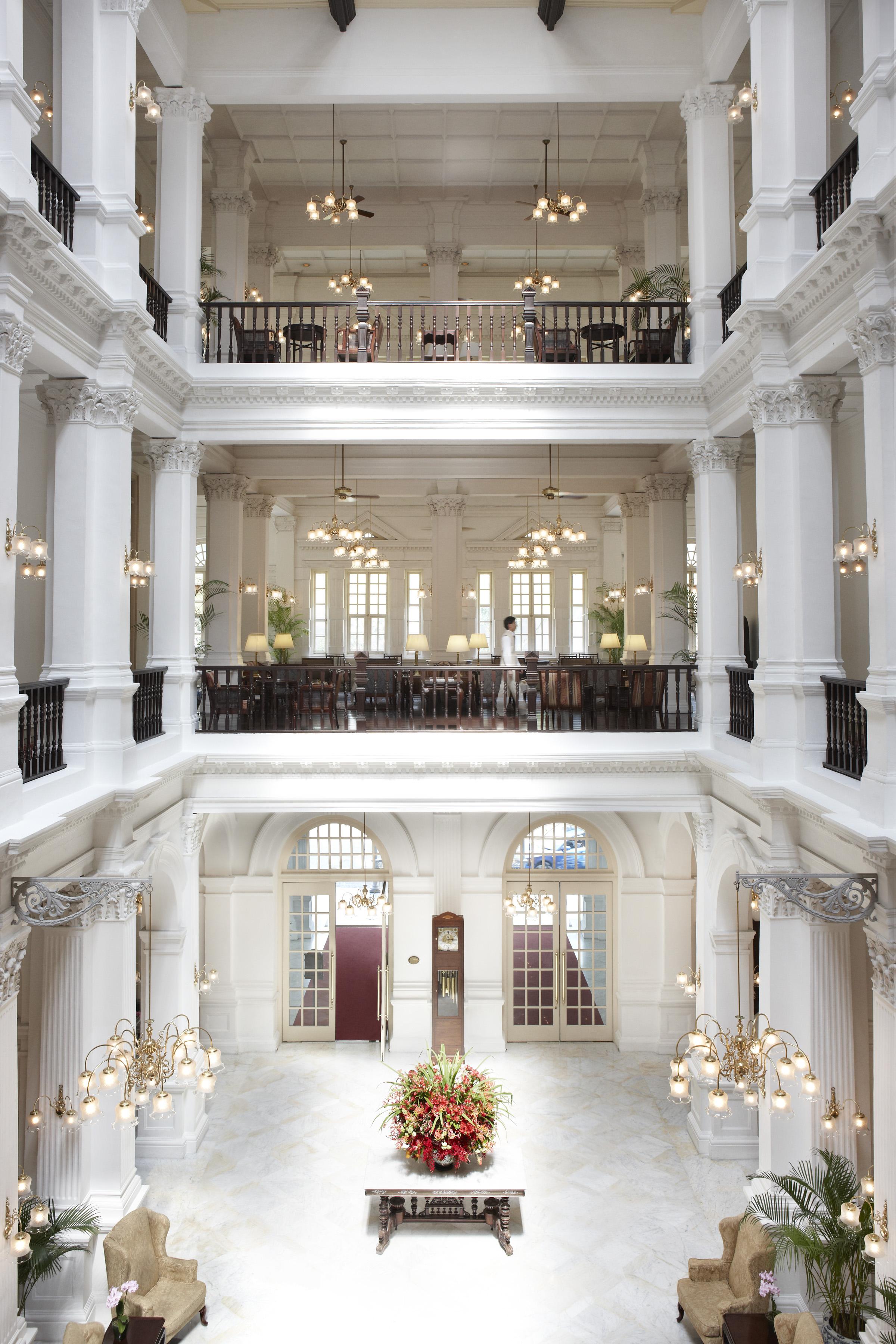 Hi_RHS_47594777_Raffles_Hotel_Singapore_-__Lobby_3
