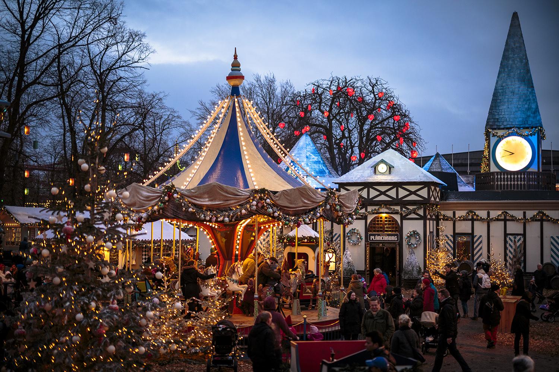 Copenhagen Tivoli Pla-ªnenburg_Karussel_01_2015_Anders_B-ggild_Low_RGB